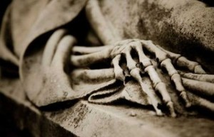 detalle de una tumba del cementerio de Montjuic