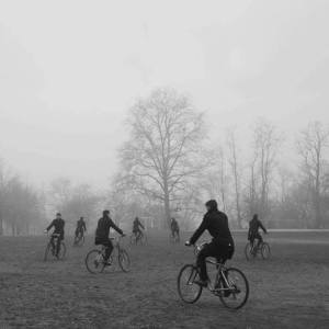 bicicletas en la niebla