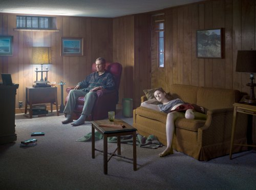 gregory-crewdson-the-basament-2014
